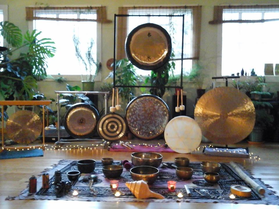 Maitri Studio, Belfast, Lisa Dunne, Soundhenge Ireland, gong bath, sound journey