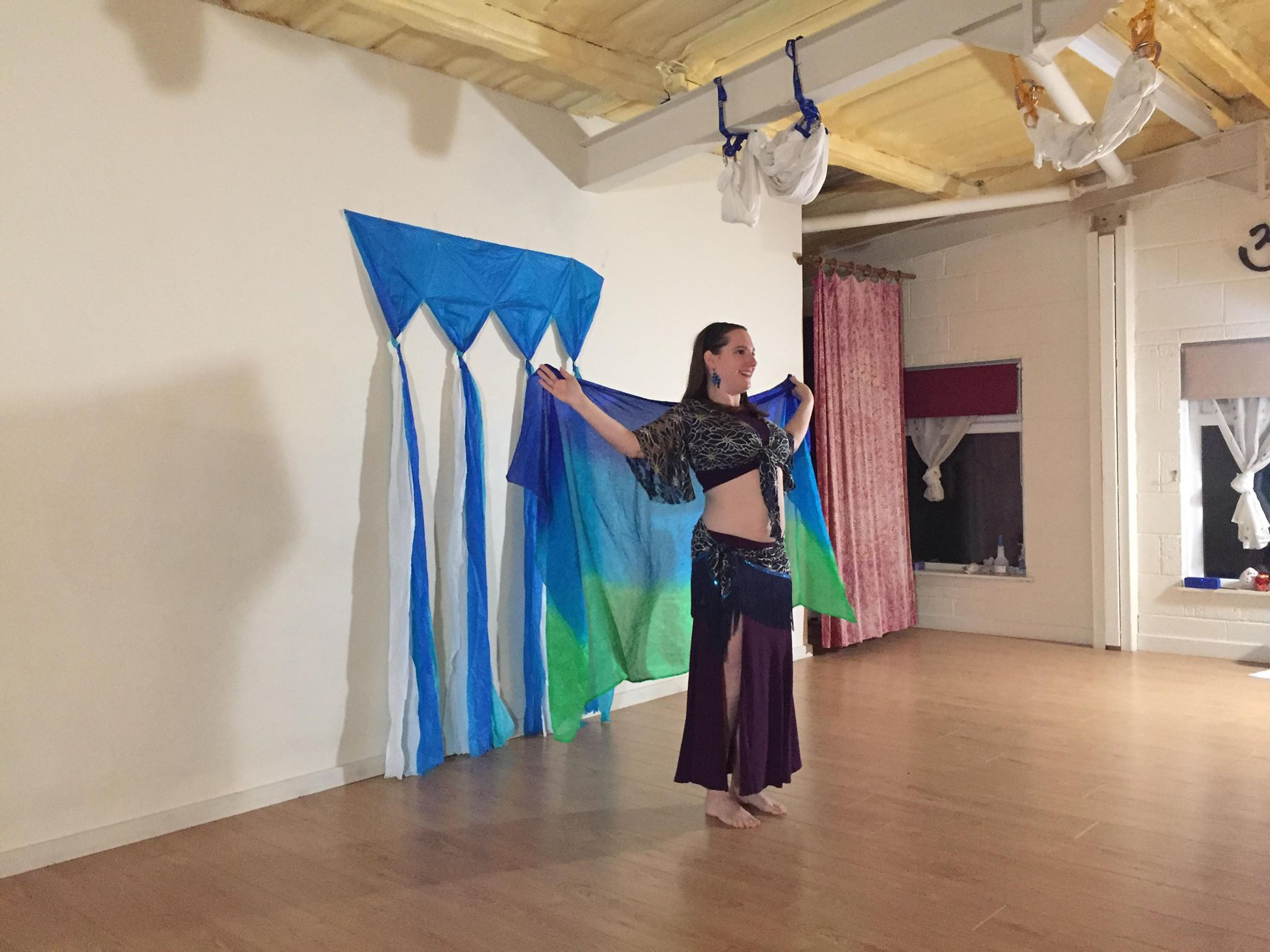 Maitri Studio, Belfast, Jennifer Houle, belly dancing