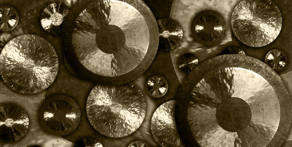 Maitri Studio, Belfast, Soundhenge Ireland, Lisa Dunne, gongs