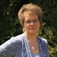 Coral Davidson, Chartered Physiotherapist, Registered Member of the Health Professions Council a Qualified Psychotherapist and Registered Member of Human Givens Institute
