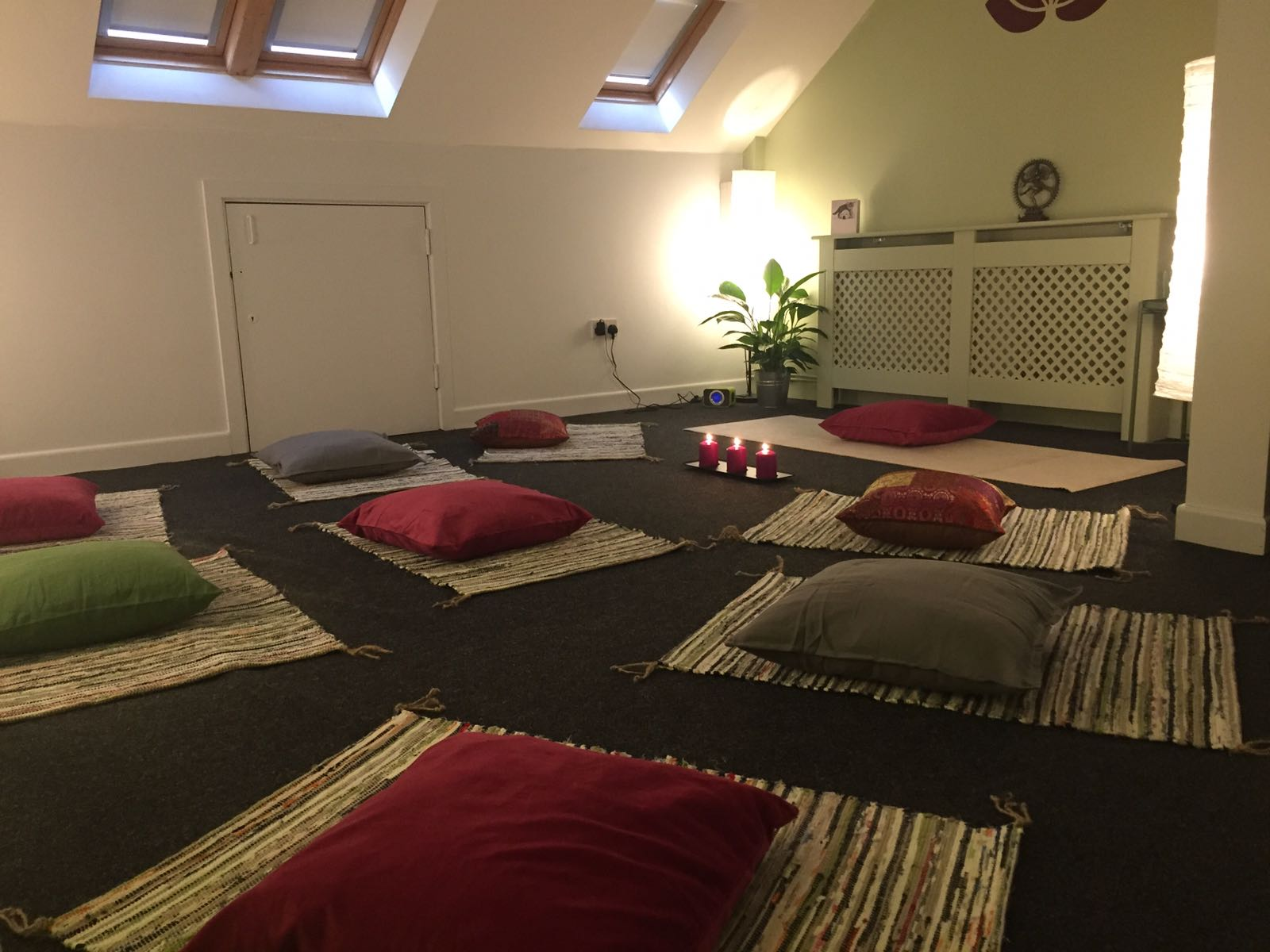 Yoga Room Holywood meditation