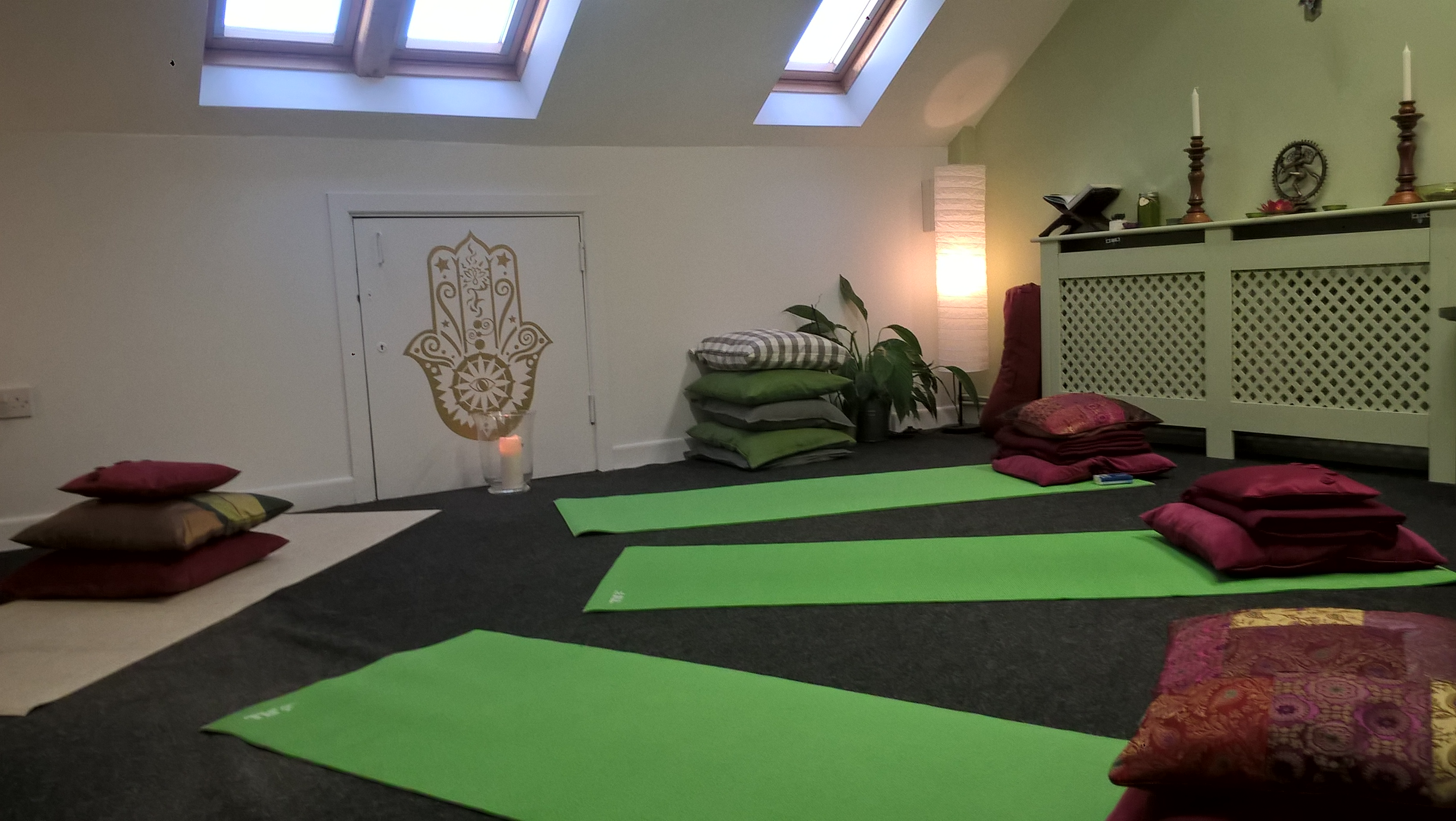 Yoga Session Holywood