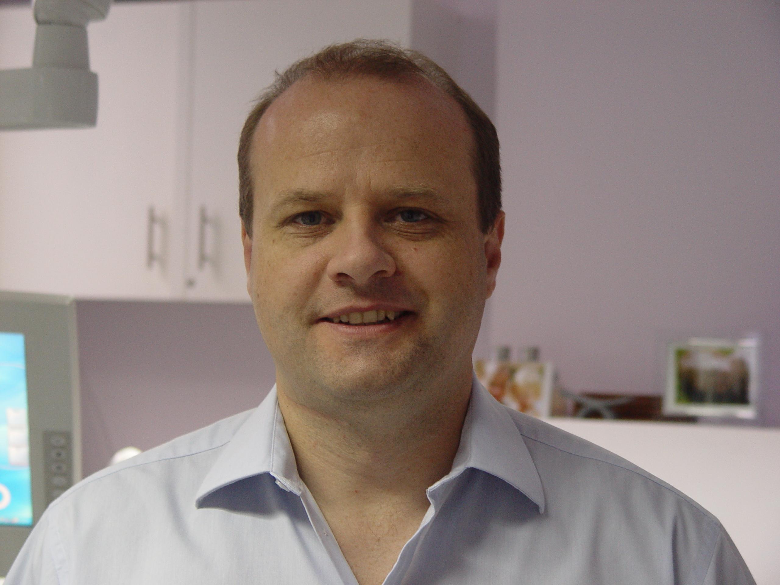 David Hefferon Holistic Dentist N Ireland, David Hefferon Mercury-Free Dentist N Ireland, David Hefferon Biological Dentist N Ireland, Holistic Dentist, Mercury-Free Dentist, Holistic Dentist Uk, Holistic Dentistry, Mercury-free Dentistry, Biological Dentistry,